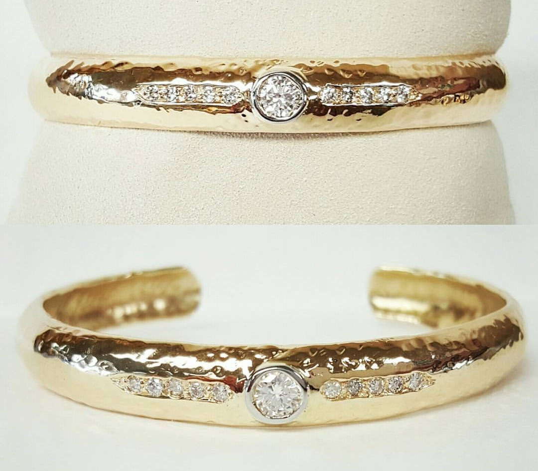 Harry took a standard solid gold bangle and transformed into a stunning Diamond one!