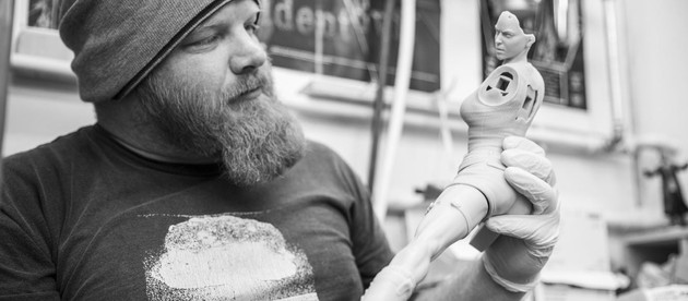 New images of the design process of the new statue from Weta Workshop.