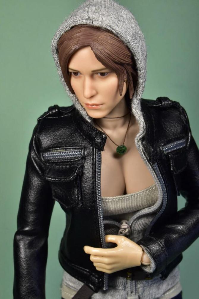 Now on sale 1/6 Lara Croft 2.0
