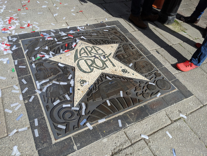Lara Croft receives a star on the Derby´s Walk of Fame (UK).