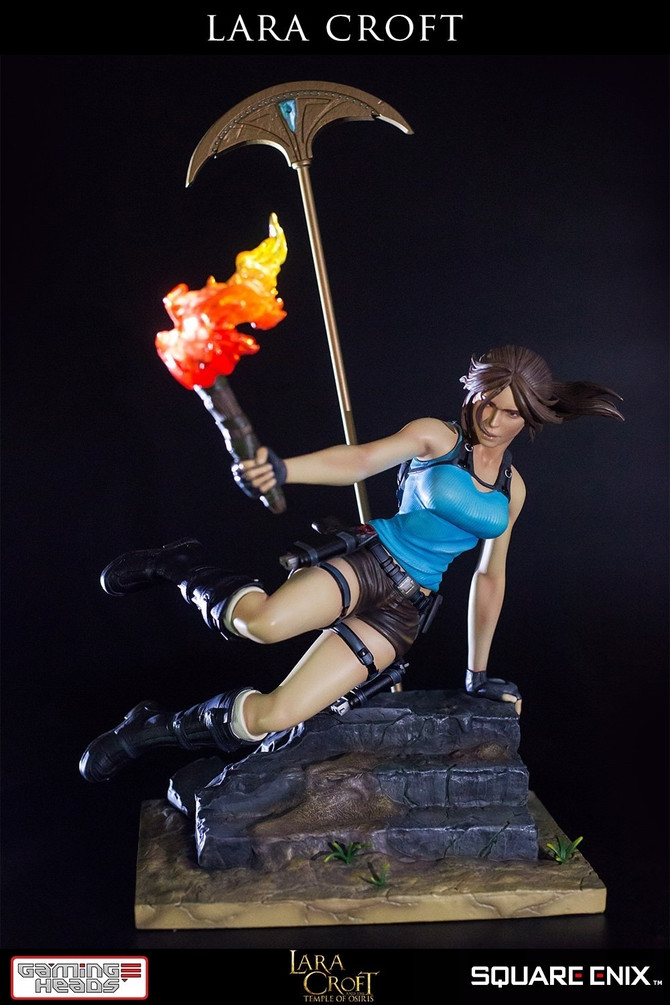 Lara Croft's new statue by Gaming Heads