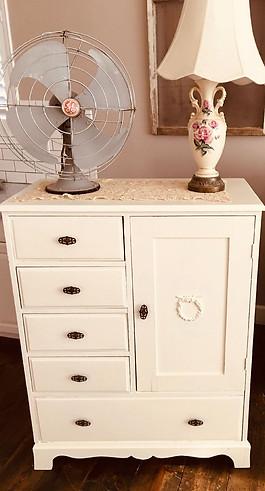 antique cottage dresser with appliques.j