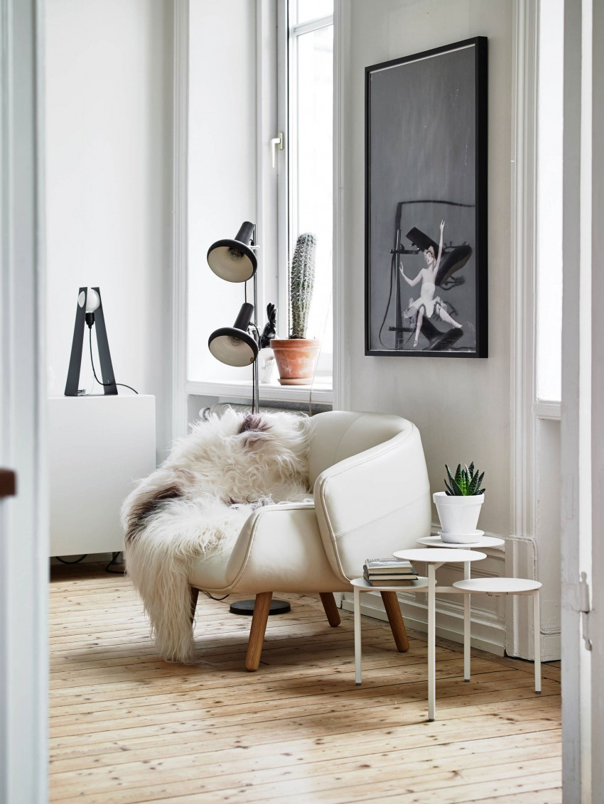 Spacious-Apartment-Overlooking-Skansen-Kronan-08-850x1132.jpg