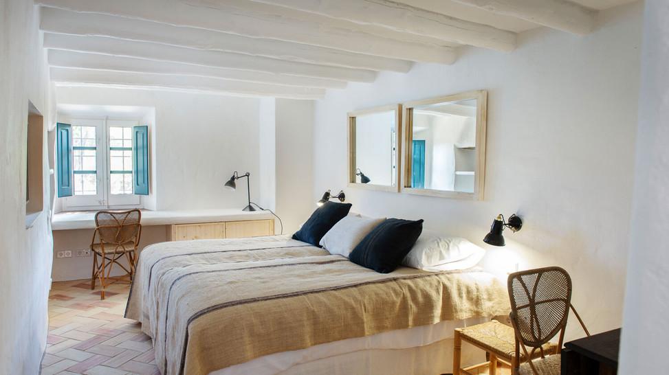 Ullastret House_Habitaciones12.jpg