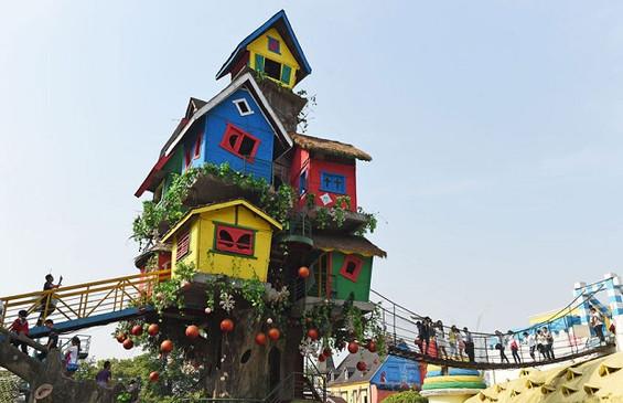 La maison arbre de Chongqing (Chine)