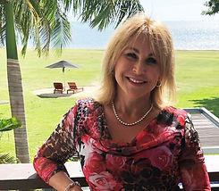 Lesley Profile.jpg