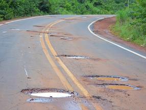 Estradas brasileiras sofrem com estagnação, falta de manutenção e segurança, diz Anuário da CNT