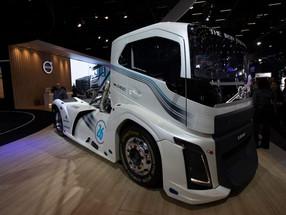 Inovação, mobilidade e futuro do transporte marcam a Fenatran 2019