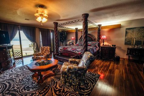 Bedroom Master.jpg