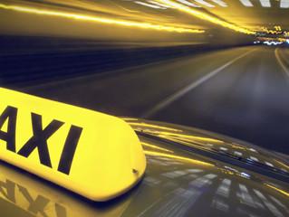 Vou de táxi....