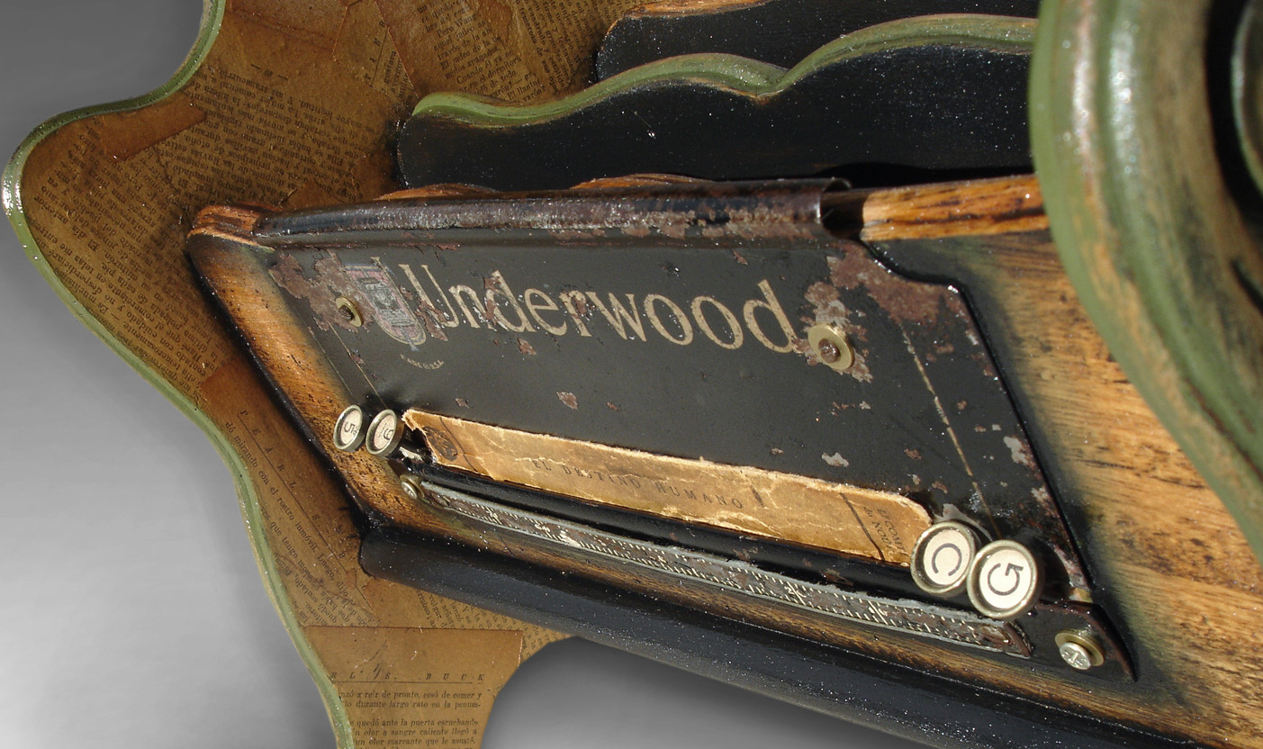 UNDERWOOD MAGAZINE RACK