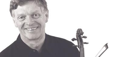 Violinist Peter Cropper