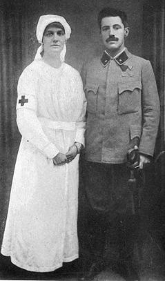 Violinist Fritz Kreisler with his wife