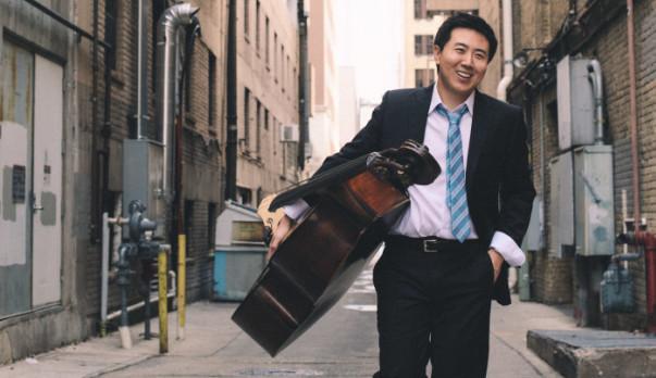 Double bassist DaXun Zhang
