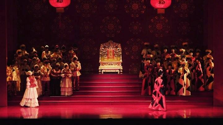 A little excerpt from EnP's part in Opera Hong Kong's Turandot.