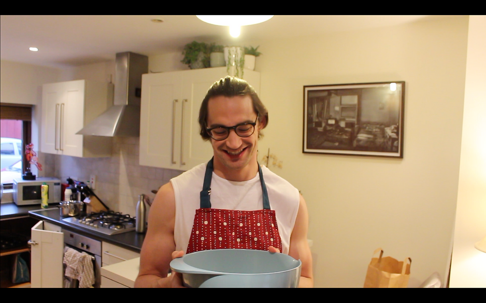 Sam McArdle of the Gangly chef @smcardle5 on Instagram who creates nutritious recipes and hilarious cooking videos.