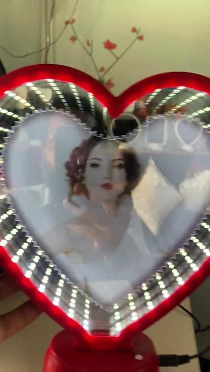 Magic Mirror Heart 3D effect