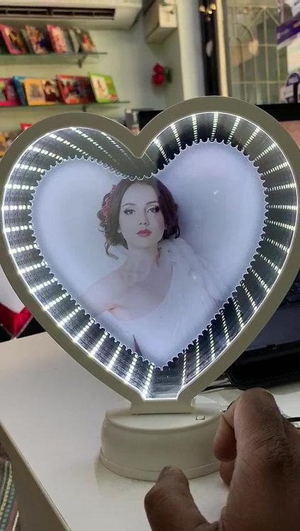 Magic Mirror with 3D effect