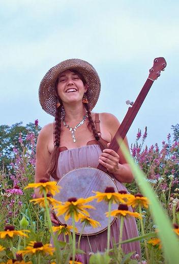 Kendraw Swanson - Folk Musician - Oertel