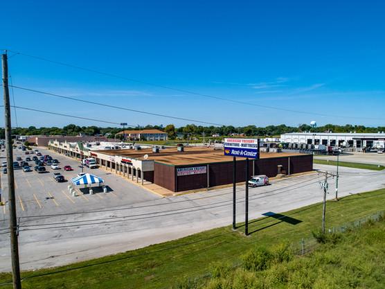 Shopping Center Cahokia (27).jpg