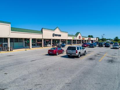 Shopping Center Cahokia (17).jpg