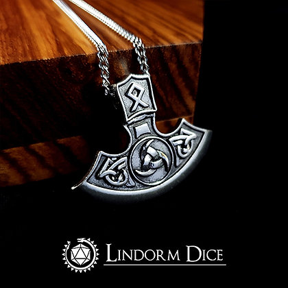 "Axe necklace with ""o"" rune"