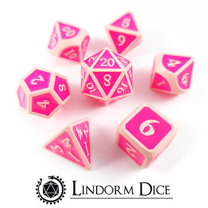 Love spell - metall dice in pink and pink