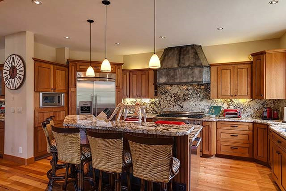 Granite counter tops and new kitchen by CCS