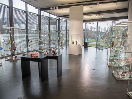 """Ausstellung """"Glaskunst aus Böhmen und Bayern 1900-  1950"""" eröffnet"""