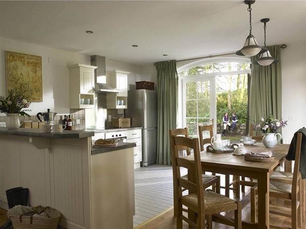 old-stable-mews-kitchen-1.jpg