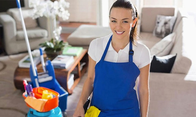 3 Questions to Ask When Hiring a House Cleaning Service