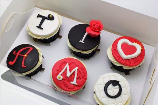 Tiamo cupcake for a beautiful and romantic Italian man