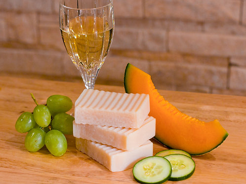 Cool Cantaloupe Wine