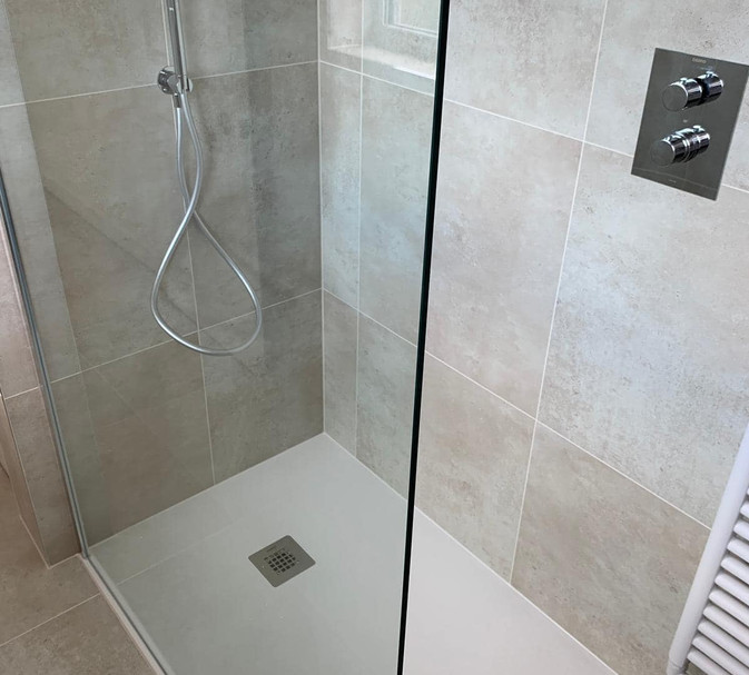 walk in shower with dual shower system