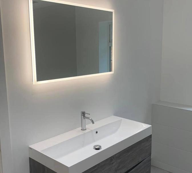 hib globe mirror