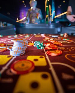 IMG-ENT-Casino-VV-Logo-Dice-thefraserjam