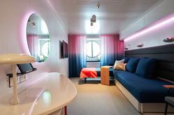 IMG-CAB-sea-view-cabin-interior-day-v1-2