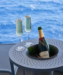 IMG-STE-suite-champagne-table-v1-0007-12