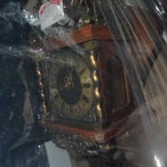 ANT CLOCKS  (1).jpe