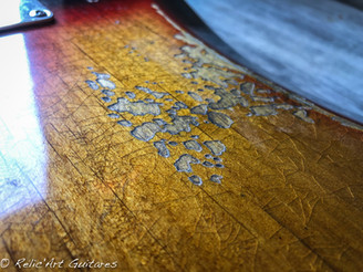 Fender Precision bass sunburst relic