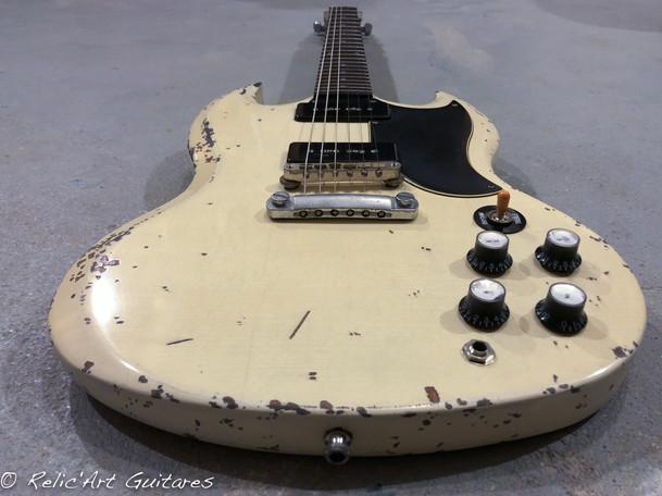Gibson SG polaris white relic