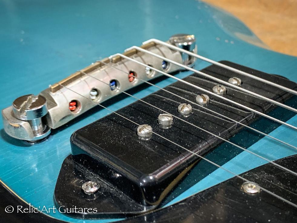 Gibson SG 1965 refin pelham blue relic-1