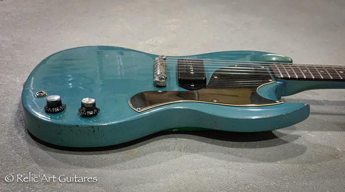 Gibson SG 1965 refin pelham blue relic-5