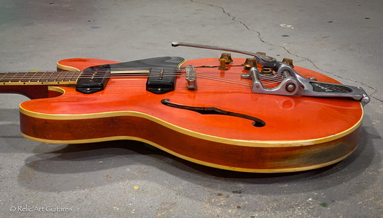 Gibson 335 refin faded cherry relic-7.jp