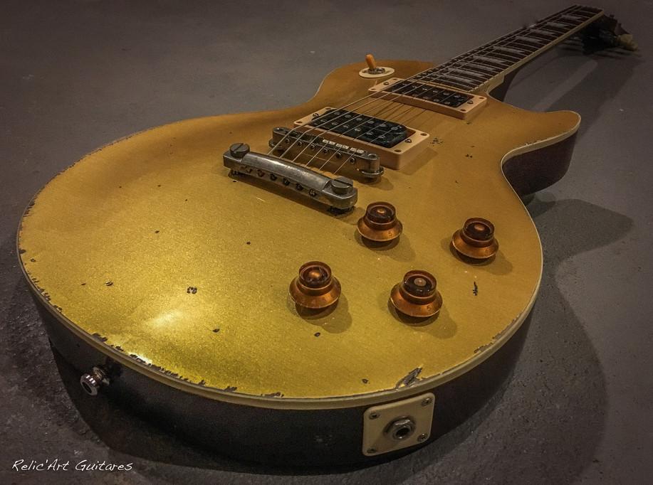 Tokai Les Paul godltop relic