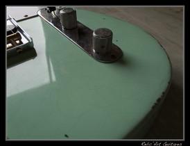 fender telecaster surf green relic