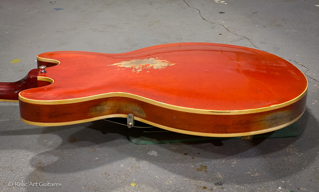 Gibson 335 refin faded cherry relic-9.jp