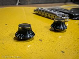 Les Paul Jr DC Tv Yellow relic-11.jpg