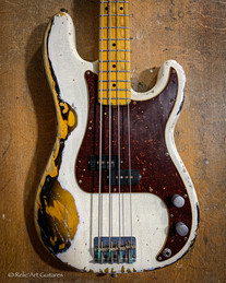 Warmoth Pbass refin Olympic White over s