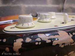 Fender strat refin sunburst relic-11.jpg